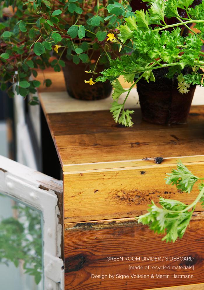 green-room-divider_sideboard2